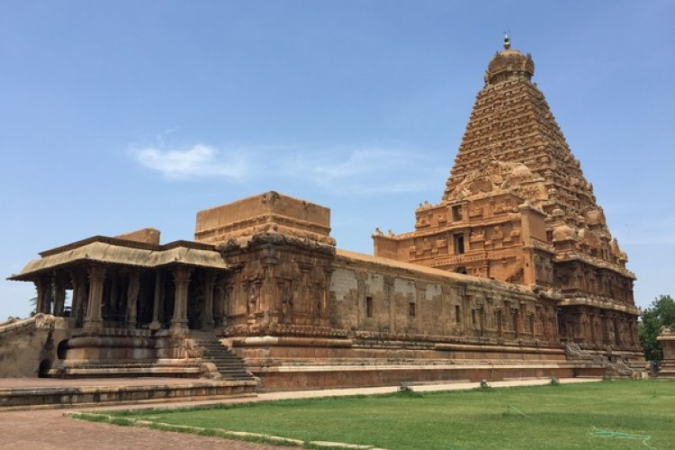 The Planet's First Granite Temple is the Brihadeswara Temple at Tanjavur, Tamil Nadu. The shikhara of the temple is constructed from a single 80-tonne piece of granite. This magnificent temple was constructed in just five years, (between 1004 AD and 1009 AD) throughout the reign of Rajaraja Chola.
