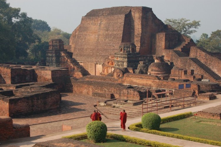 The world's first university was founded in Takshila in 700 BC. More than 10,500 students from all across the globe studied more than 60 subjects.