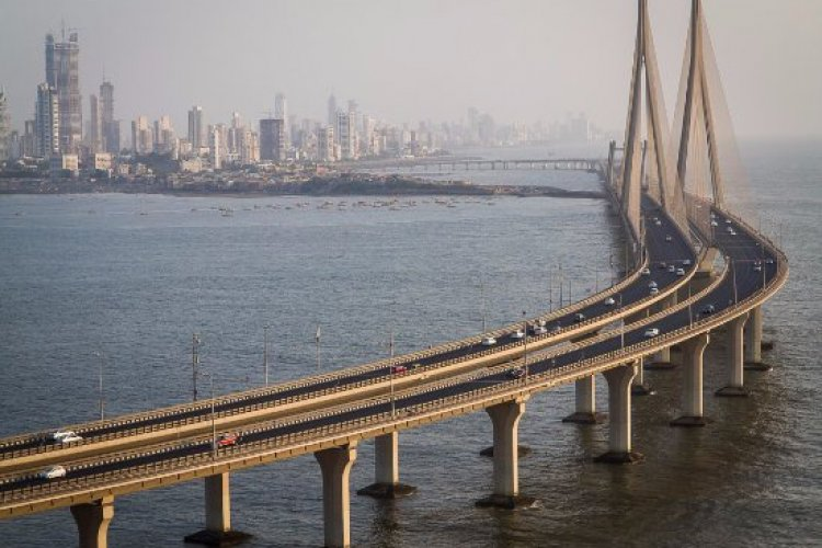 Bandra Worli Sealink has steel cables equal to the earth's circumference. It took a total of 2,57,00,000 man-hours for completion and also scales as much as 50,000 African elephants. A true engineering and architectural marvel.