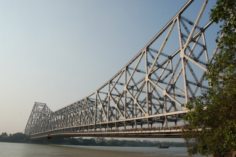 The Howrah Bridge does not have any nuts and bolts. The entire structure is fixed together utilizing 26,500 tons of steel and a high tensile alloy, Tiscrom, supplied by Tata Steel in 1942.