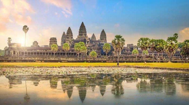 अंगकोर वाट : दुनिया में सबसे बड़ा हिंदू मंदिर (Angkor wat)